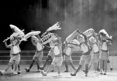 红色题材儿童剧《大豆谣》首演暨兰州市中小学生观演活动启动