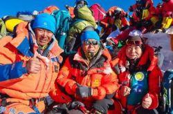 甘肃张掖人马啸成中国2021年登顶珠峰第一人