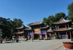 张掖市的大佛寺,是我国古丝绸之路上的一颗明珠